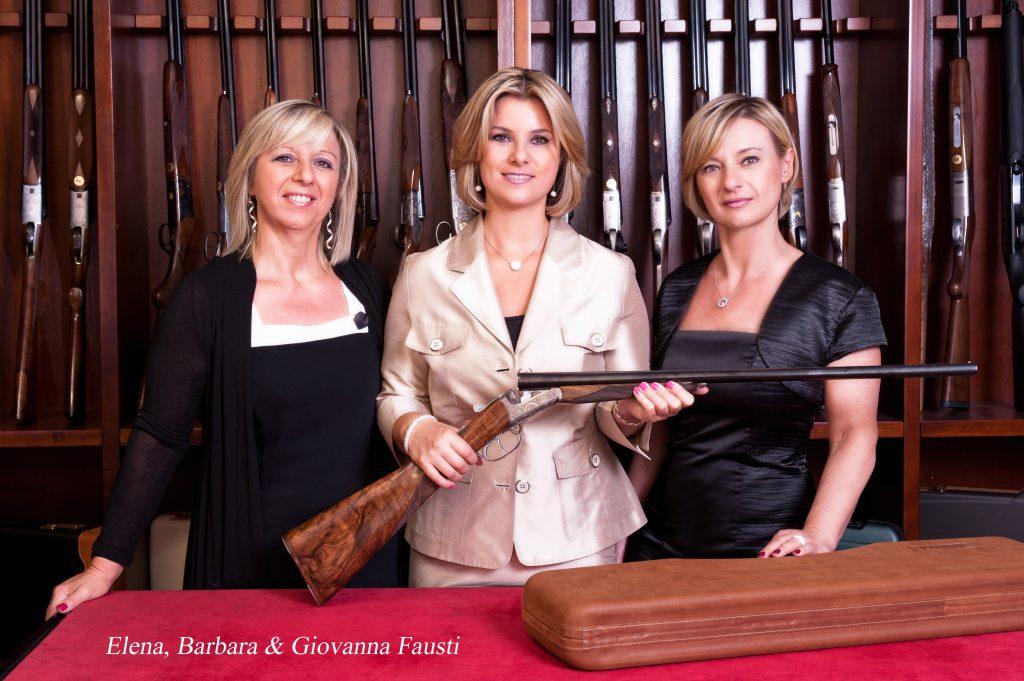 Det er disse tre norditalienske søstre, som står bag Fausti Arms, som sælger mange våben specielt i USA og England. Nu skal de også lave Sauers nye over/undere